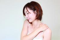 肩こり女性4.jpg